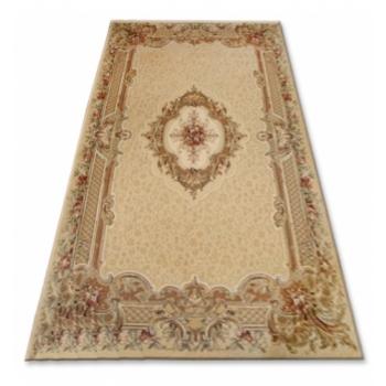 1111carpet-agnus-nefretete-amber.jpg