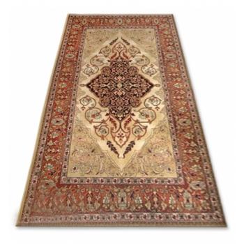 carpet-isfahan-leyla-amber.jpg